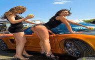 Seksi laski myją Hondę NSX