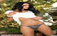 Veronica ricci lubi pozować nago na swoje działce fotomodelki nago Zdjęcia erotyczne met-art laski akty erotyka fotki