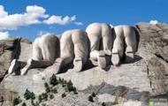Góra Rushmore z drugiej strony.