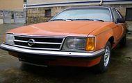 Opel Commodore Berlina 2.5S