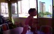 Baby Samba Dance!