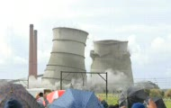 Chłodnie elektrowni poszły z dymem
