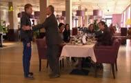 Pierwsza Miłość - Strasburger dostaje w morde w HD