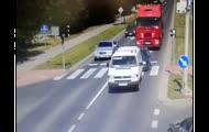 Wściekły kierowca tira staranował golfa w Olsztynie