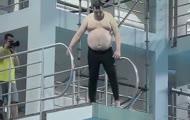 Rolnik skacze do wody - Trening Celebrity Splash