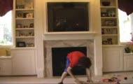 Niebezpieczna żonglerka chłopca